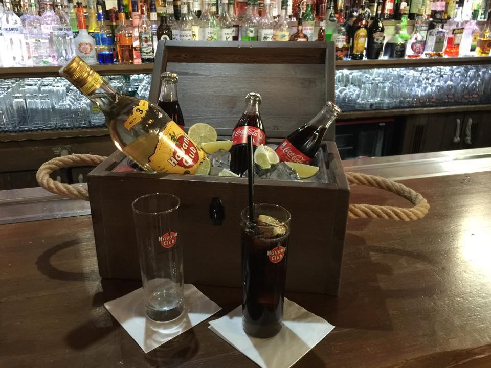 Do 08.12.2016 - MÁŠ CHUŤ SI DÁT POŘÁDNÝ DRINK? TAK ZKUS NÁŠ BOTTLE SERVICE.